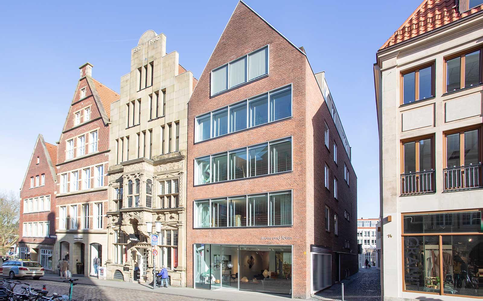 raum und form Einrichtungshaus am Roggenmarkt 13 in Münster